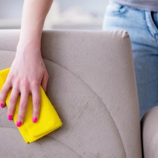 Przepis na naturalny produkt do czyszczenia tapicerowanych krzeseł / mebllegro